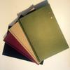 Quatre livres en couleurs